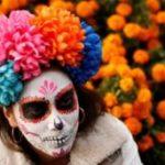 Фото: день Мертвых в Мексике — парад скелетов и бархатцы