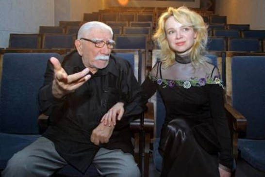 Жена Джигарханяна ушла с поста директора театра