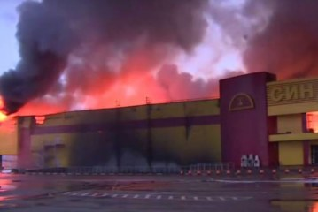 Взрывы и адская пробка: последствия сильнейшего пожара на строительном рынке