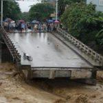 Во Вьетнаме жертвами наводнения стали 48 человек, сообщили СМИ