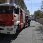 В Москве горит подвальная часть складского здания