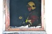 Пожар в доме престарелых заставил стариков спускаться с балкона