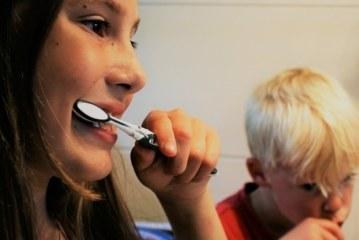Осложняет понимание: признаком каких болезней может быть запах изо рта