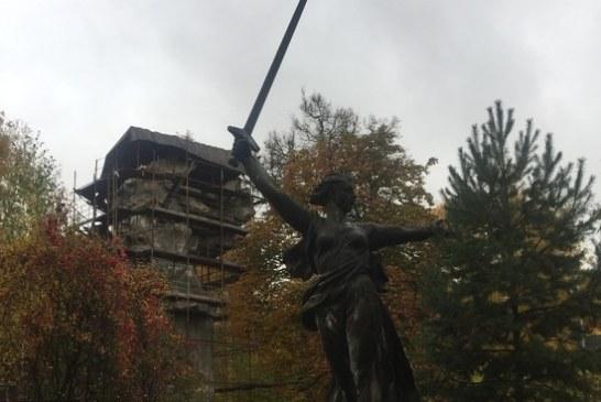 Московской «Родине-матери» Вучетича повезло не так, как волгоградской