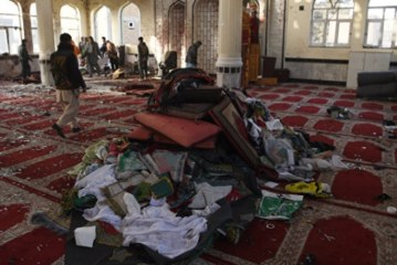 Число погибших при двух взрывах в Афганистане превысило 70 человек