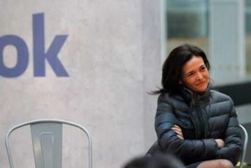 Facebook разрешит политическую рекламу реальным пользователям из России