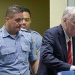 Гаагский трибунал приговорил генерала Младича к пожизненному заключению
