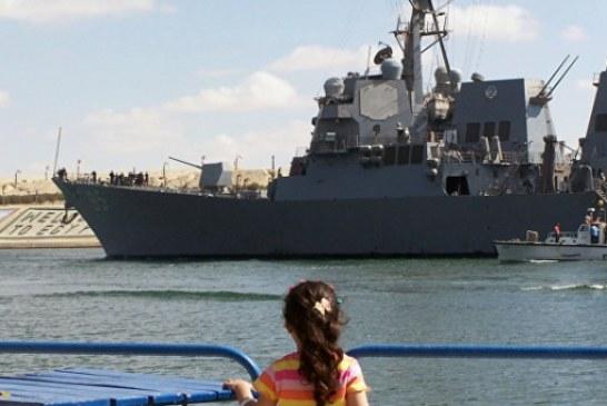 Американский эсминец заметили в Черном море