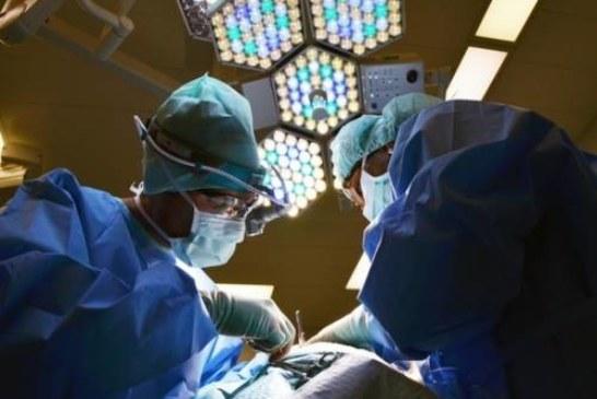 Прошла успешная пересадка человеческой головы: нейрохирург получил «обновленный» труп