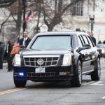Неизвестный пытался с матом и непристойными жестами подрезать кортеж Трампа
