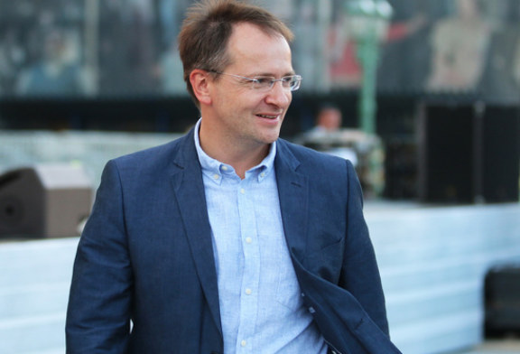 Мединский предложил тренинг «затравленному либералами» режиссеру «Спящих» Быкову