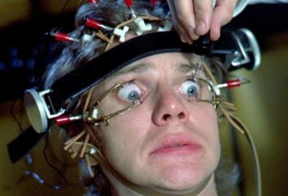 Вы смотрите сериалы неправильно: нейробиологи объяснили, как надо это делать