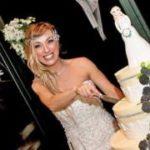 Уж замуж невтерпеж: почему люди выходят за самих себя?