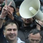 От угроз прыгнуть с крыши до нового майдана: один день из жизни Саакашвили