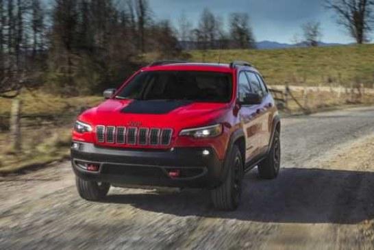 Прощай, страшила: Jeep Cherokee обновился и стал симпатичным