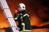 Пять человек погибли при пожаре в общежитии в Омской области