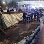 В переходе московского метро рухнули строительные леса