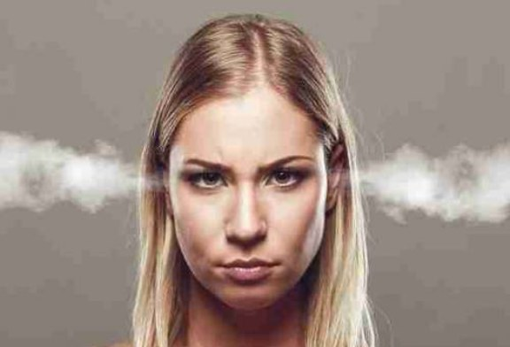 Ученые: жены, сестры и матери раздражают чаще, чем родственники-мужчины