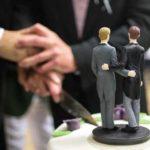 Заключившие однополый брак россияне покинули страну