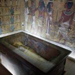 Гробницу фараона Тутанхамона вновь изучают в поисках захоронения Нефертити