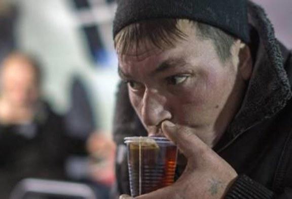 Минздрав и РПЦ откроют медпункты для бездомных в трех пилотных регионах