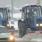 Со снегом на МЖД борются почти 1,5 тысячи железнодорожников