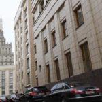 Источник: Россия не рассматривает возможность отзыва посла в Британии