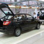 В Ижевске свернули производство лифтбэков Lada Granta