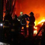 Склад в Екатеринбурге горел на площади 2 тыс. кв. м