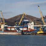 Затруднявший отгрузку нефтепродуктов танкер покинул порт Новороссийска
