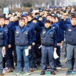 Мятеж на корейском автозаводе: рабочие штурмуют центральный офис