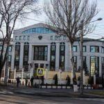 Российские дипломаты, объявленные персона нон грата, покинули Молдавию
