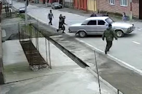 Шестилетний чеченец угнал «Волгу» ради подружки