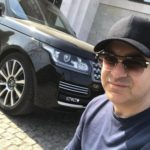 Шоумен Гарик Мартиросян 10 лет не может поменять Land Rover