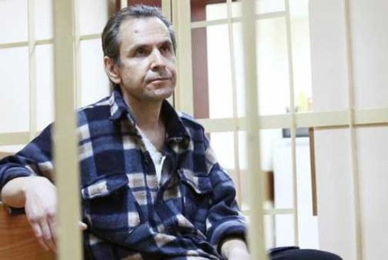 Напавший на журналистку «Эха Москвы» останется под стражей до сентября