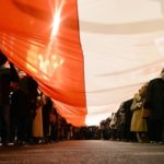 В Польше на фоне скандала предложили снизить зарплаты чиновникам