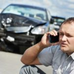 Чехол на смартфон после ДТП: VW выпустил необычный гаджет