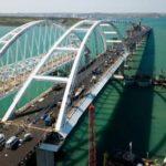 Путин примет участие в открытии автомобильной части моста в Крым
