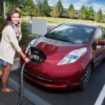 Электромобили в России хотят освободить от транспортного налога на шесть лет
