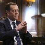 Медведев освободил Слепнева от должности замглавы аппарата правительства