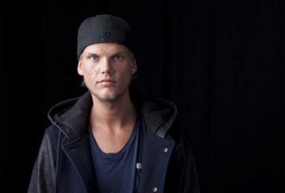 Шведский музыкант Aвичи скончался от потери крови, сообщили СМИ