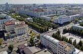 Специалисты обследуют дом в Челябинске, где взорвался газовый баллон
