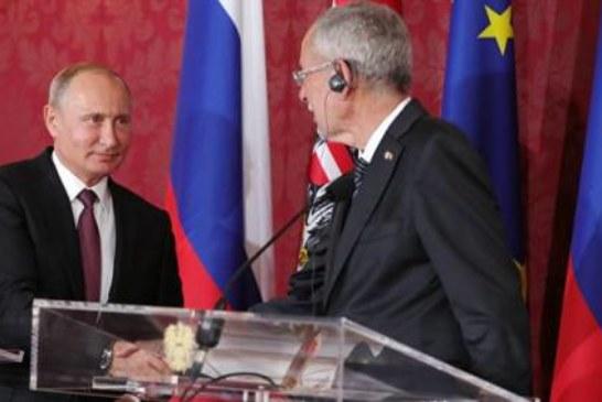 Кризиса доверия в отношениях России и Европы нет, уверен Путин