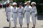 Шляпки и улыбки: дамский день на королевских скачках в Аскоте