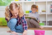 Социологи назвали проблему с нехваткой мест в детсадах в России критической