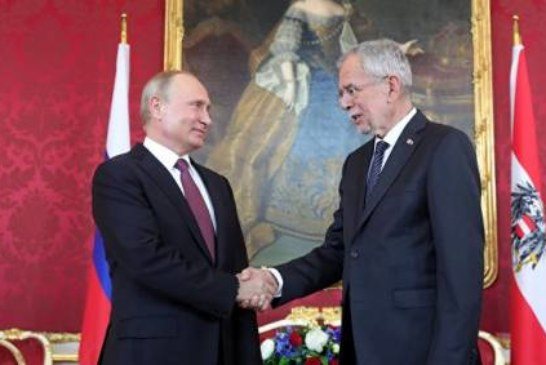 Путин назвал Австрию одним из главных узлов транспортировки газа из РФ в ЕС