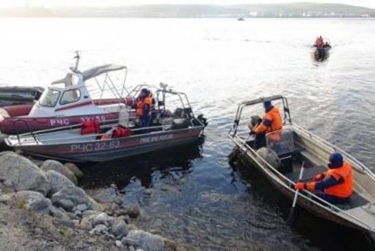 Двое военнослужащих Северного флота утонули в озере возле Североморска