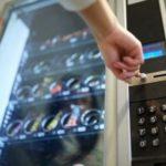Рабочее место — источник нездоровой пищи и лишних килограммов