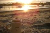 В Омске пьяный виновник аварии сбежал с места ДТП, чтобы попить кофе на пляже