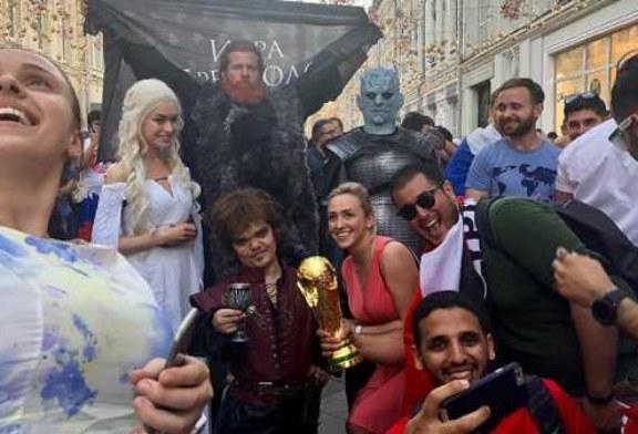 Двойники персонажей «Игры престолов» появились среди болельщиков в Москве